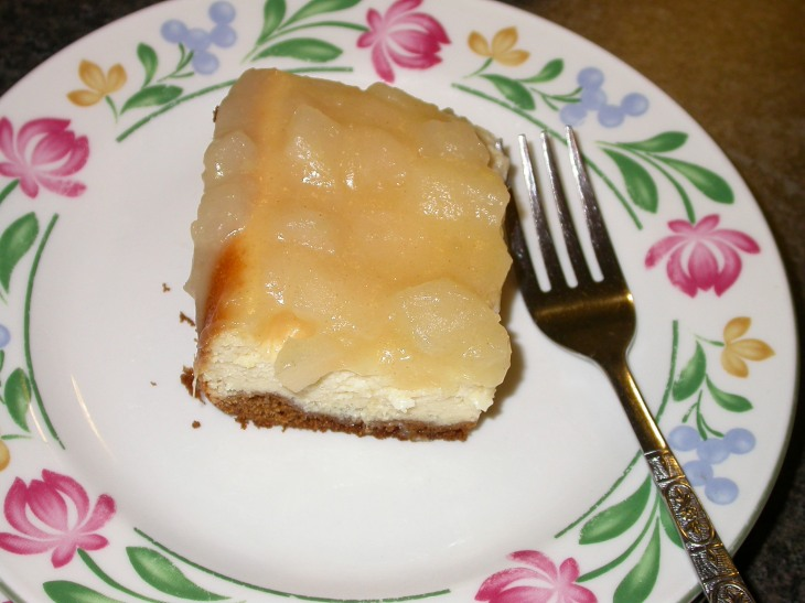 cheesecake-served