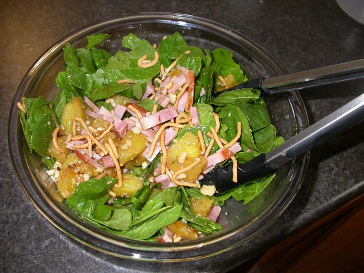 Aloha Spinach Salad - ready to serve